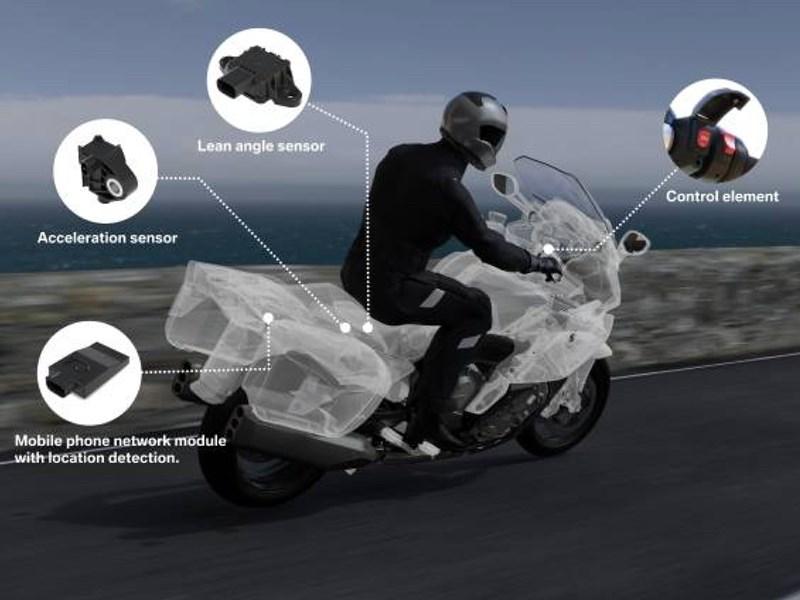 BMW Motorrad brengt eCall in primeur naar de motor