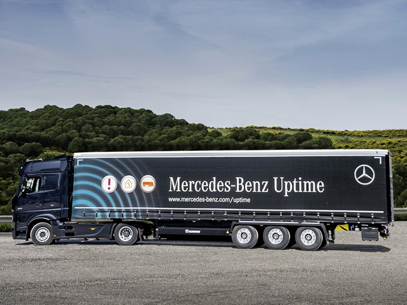 Mercedes-Benz développe Uptime en incluant les données de la semi-remorque
