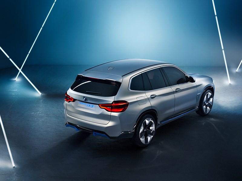 De BMW Concept iX3.