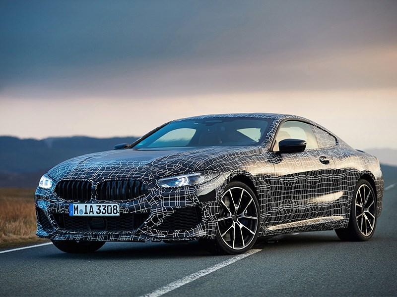 De nieuwe BMW 8 Reeks Coupé: met maximum dynamiek onderweg naar serieproductie.