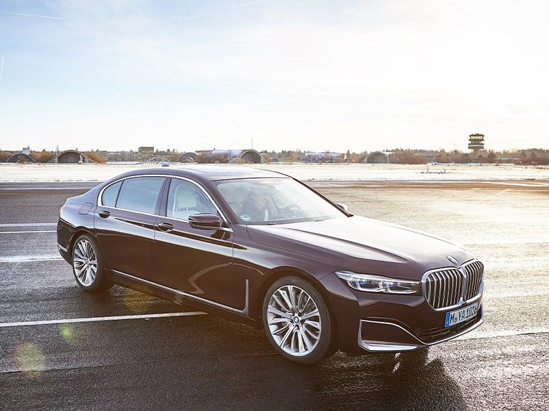 Nieuwe BMW 7 Reeks met krachtigere batterij en plug-in hybride motor.