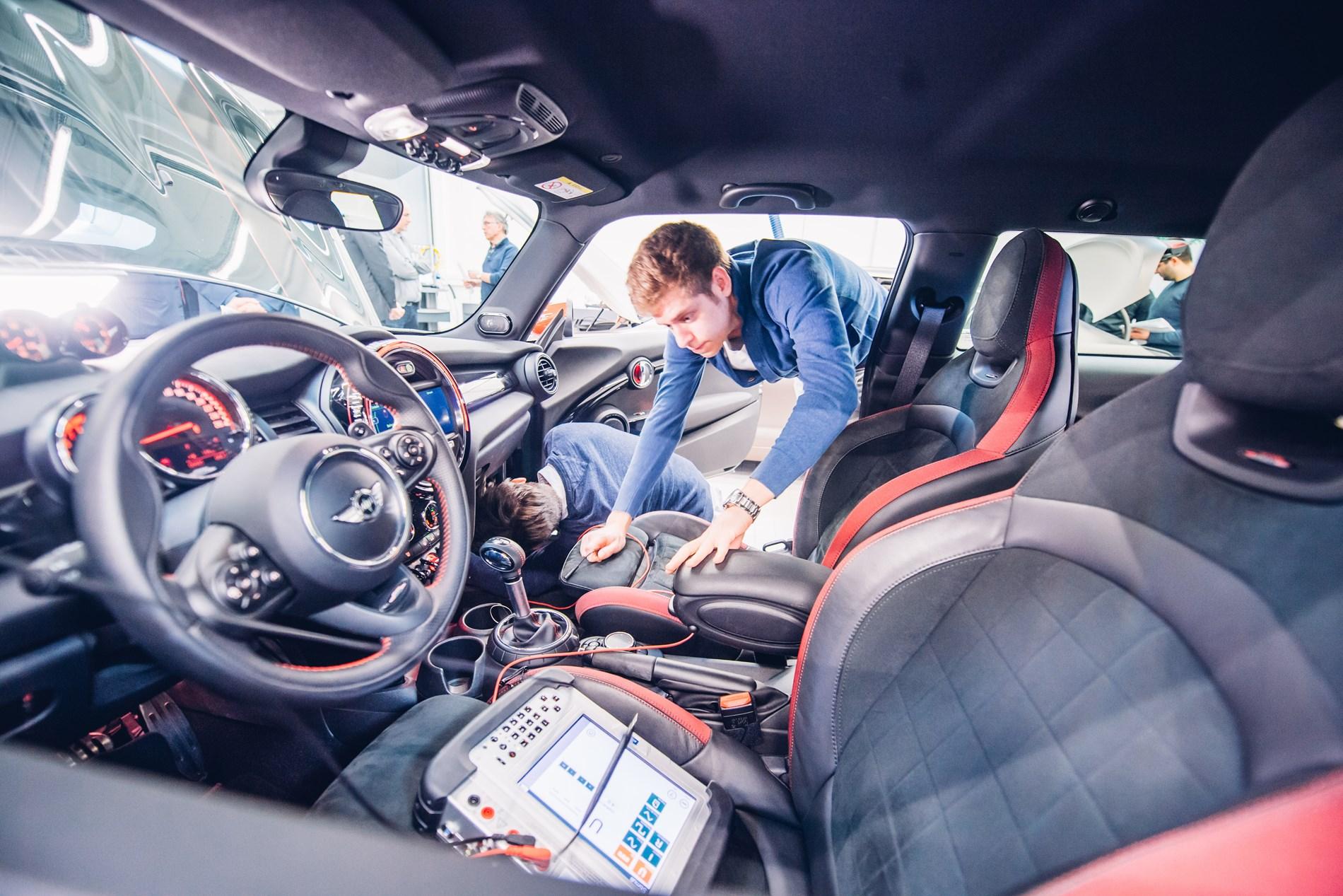 Thomas More en BMW Group zetten samen auto-opleidingen in hogere versnelling.