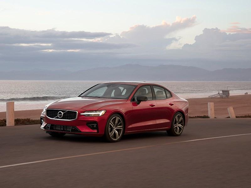 Volvo Cars beperkt de snelheid van al zijn wagens tot 180 km/u om de gevaren van overdreven snelheid in de kijker te zetten