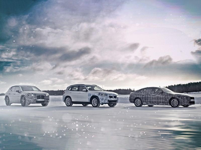 BMW test volledig elektrische modellen op de poolcirkel.