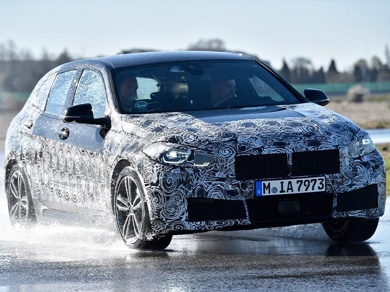 Nieuwe BMW 1 Reeks ondergaat laatste tests voor start productie in Zuid-Frankrijk.