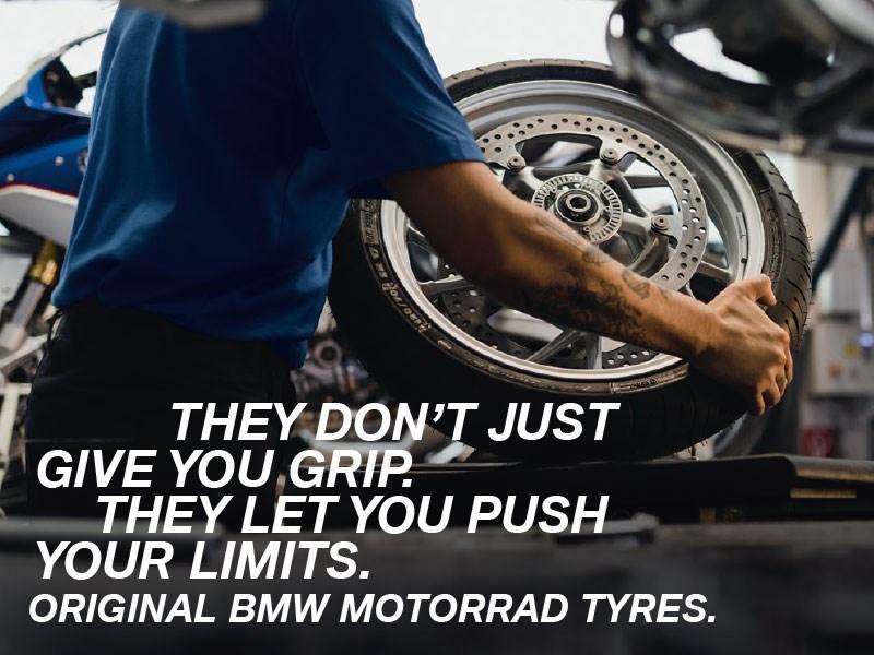 Nous changeons vos pneus, mais pas que…