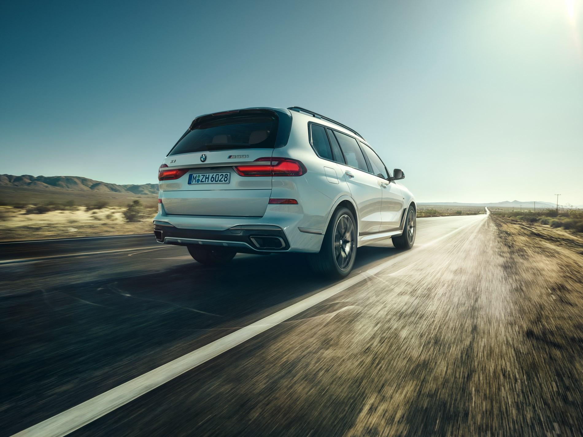 Geconcentreerde kracht: de nieuwe BMW X5 M50i en de nieuwe BMW X7 M50i.