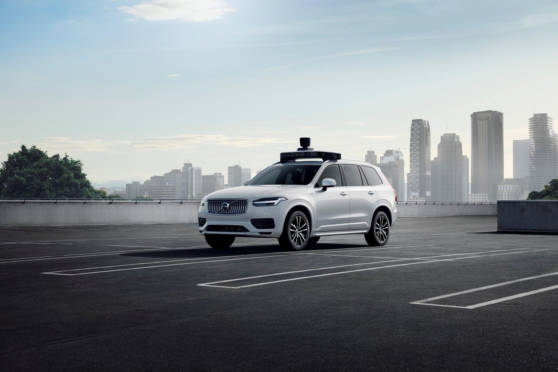 Volvo Cars en Uber stellen een zelfrijdend productievoertuig voor