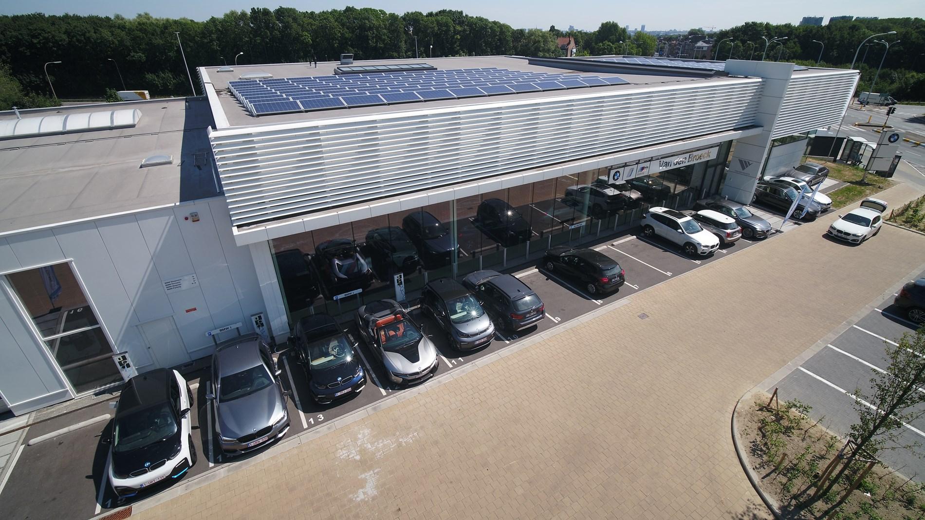 100% duurzame energie voor BMW en MINI concessies.