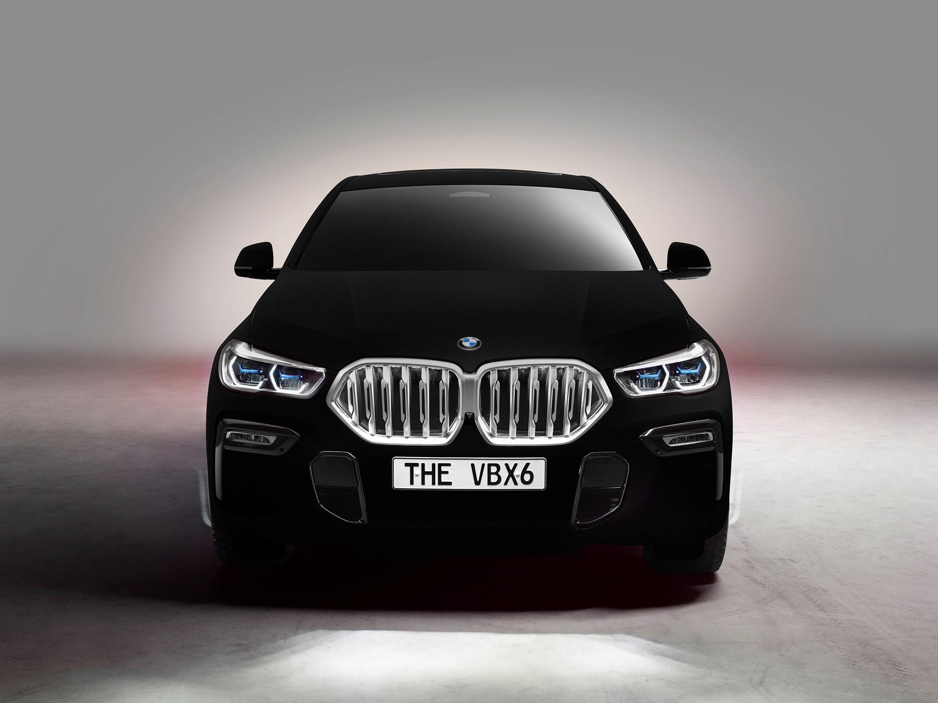Nieuwe BMW X6 als spectaculaire showauto: 's werelds eerste voertuig in Vantablack®.
