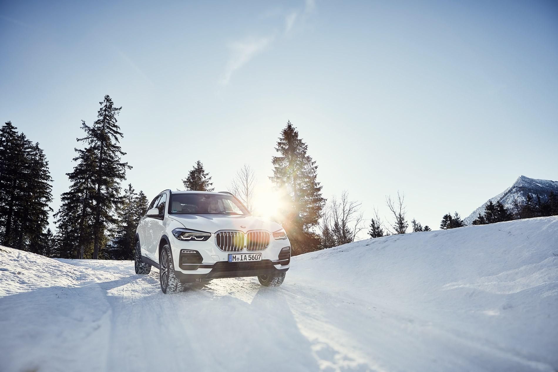Elektrisch vermogen voor het allerhoogste rijplezier: marktintroductie van de nieuwe BMW X5 xDrive45e.