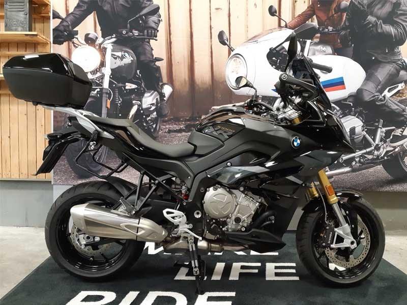 S1000XR Triple Black Limited Edition 17.895 € ttc