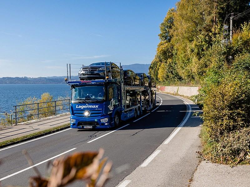 Car Avenue Le nouvel Actros est disponible pour la première fois en version transporteur de voitures