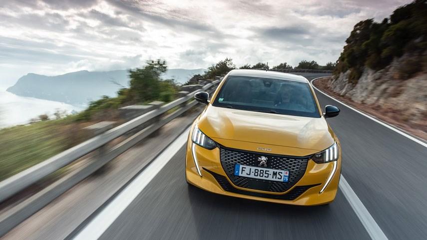 De nieuwe Peugeot 208 is DE auto van het jaar 2020