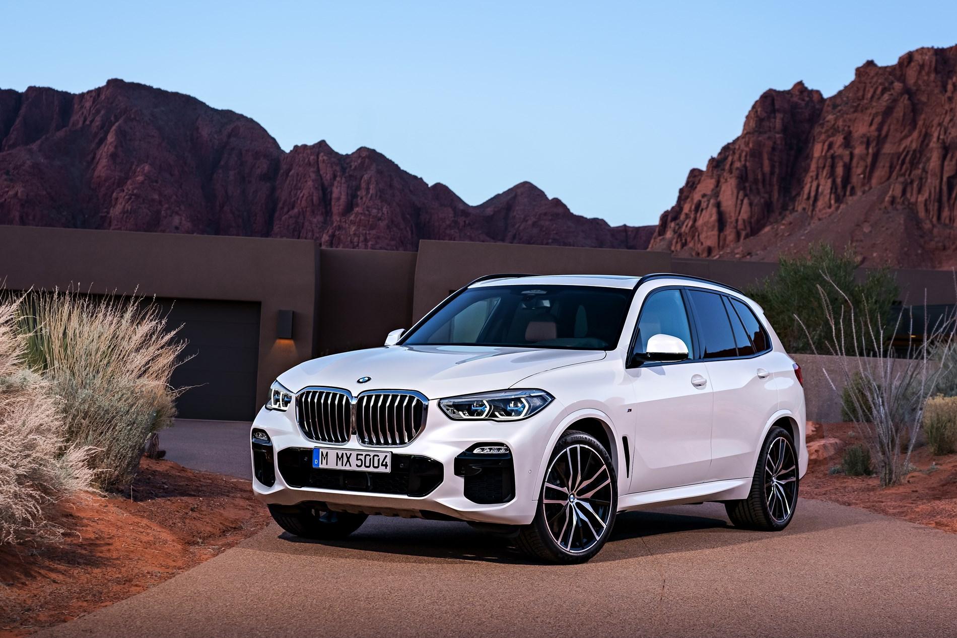 Efficiënte trekkracht: de nieuwe BMW X5 xDrive40d en de nieuwe BMW X6 xDrive40d met 6-cilinder-in-lijn dieselmotor en Mild-Hybrid technologie.