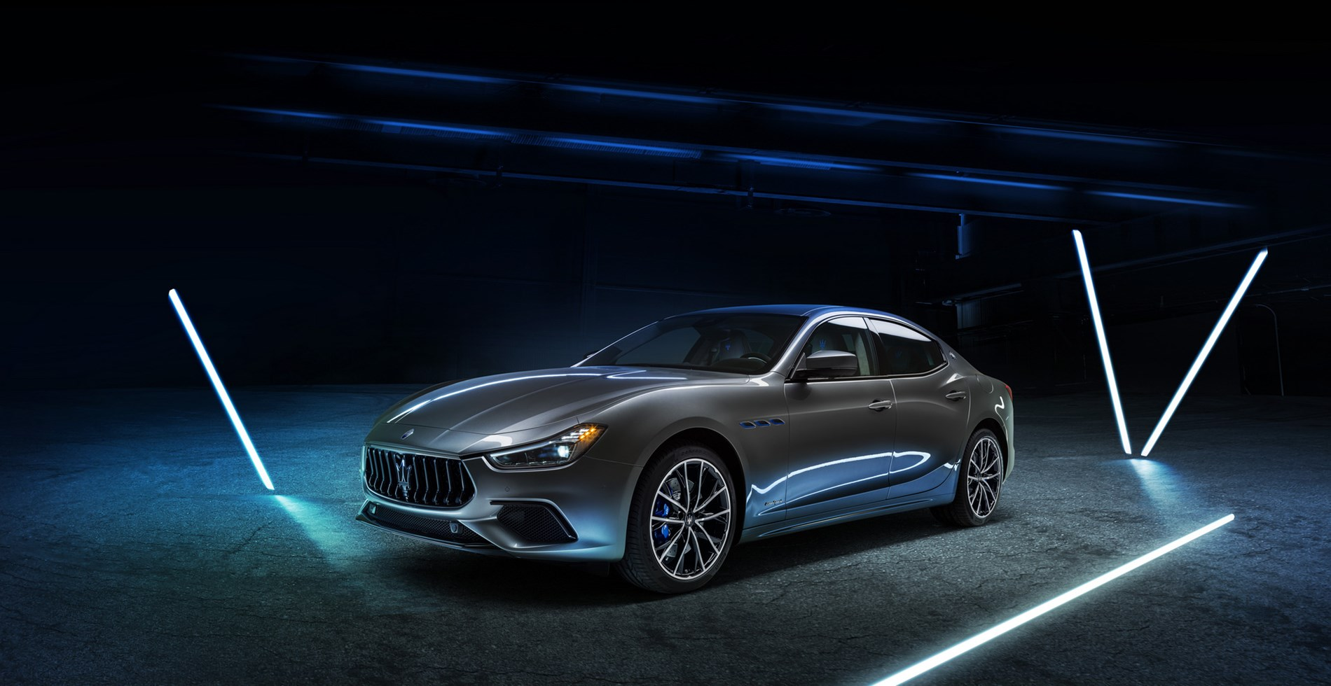 Maserati Ghibli Hybrid, the first of a new species