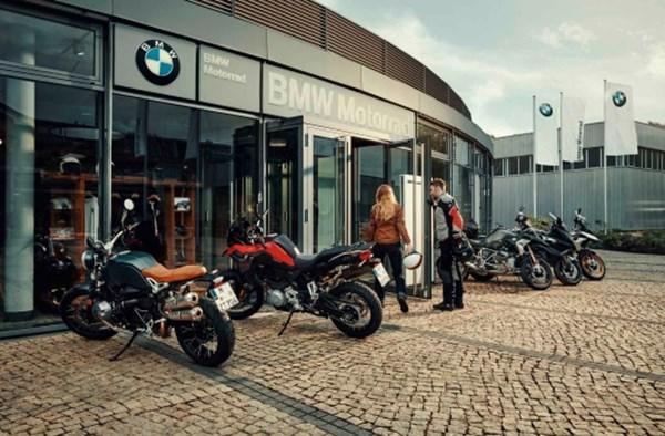 Gratis levenslange bijstand voor trouwe klanten van BMW Motorrad