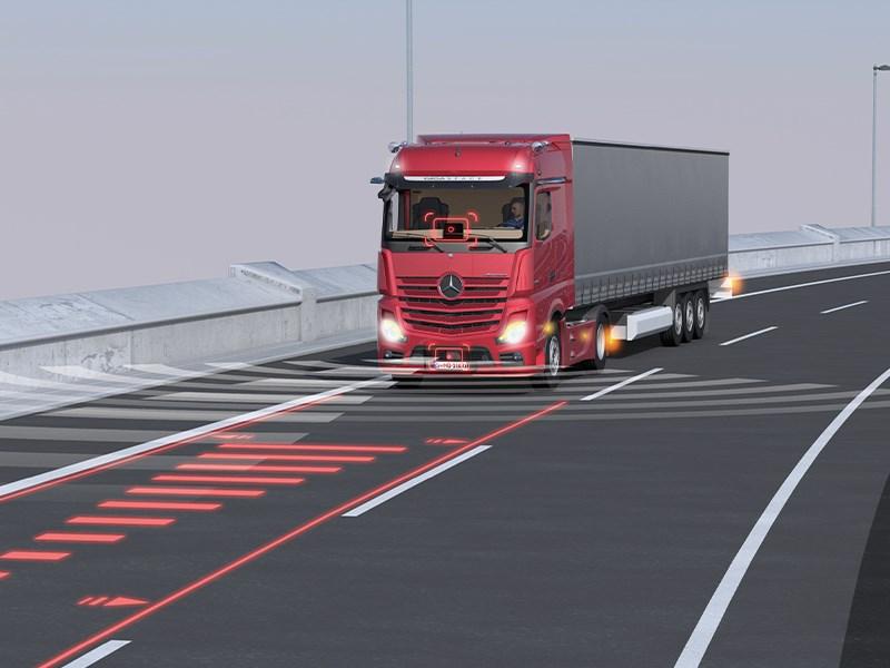 Car Avenue Mercedes-Benz Trucks déploie dans ses camions deux innovations mondiales qui rehausseront la sécurité routière