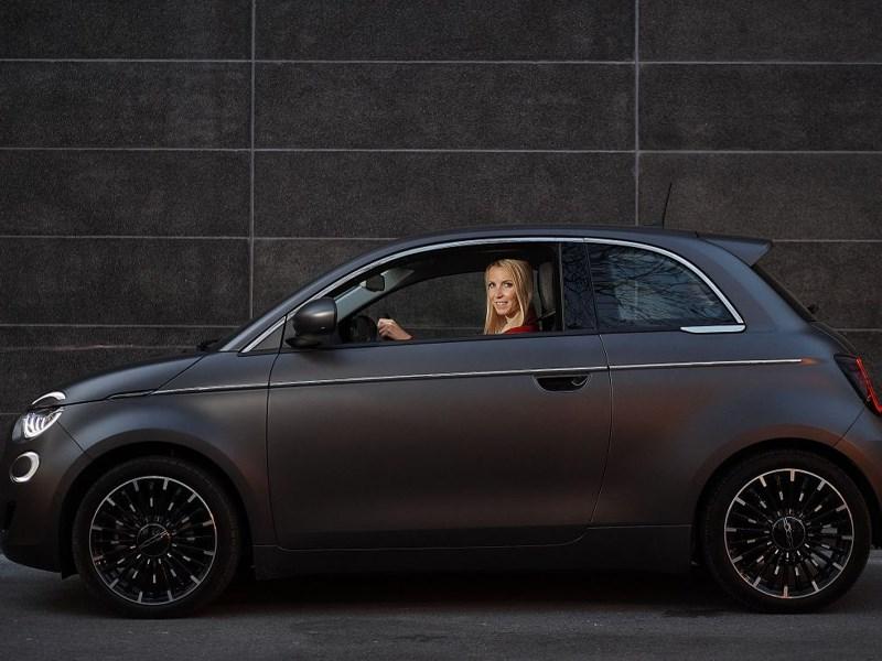 Eerste leveringen van de Fiat New 500 in Luxemburg met LeasePlan