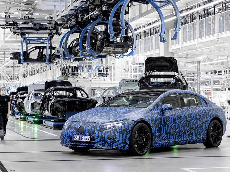 Mercedes-Benz opent online reserveringssysteem voor EQS