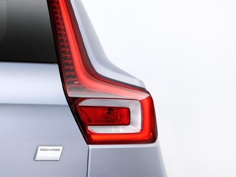 Alle zuiver elektrische wagens van Volvo worden standaard verkocht met Recharge-banden