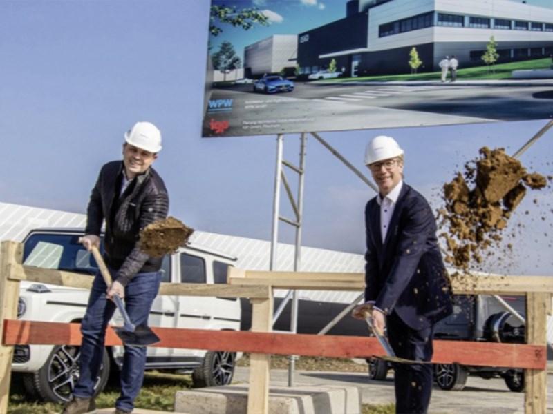 Eerste schop in de grond voor ultramodern testcenter van Mercedes-AMG GmbH in Affalterbach