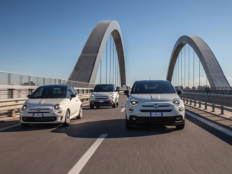 Nieuwe Familie 500 Hey Google : De stijl van de 500 in combinatie met Google-technologie - Gent Motors