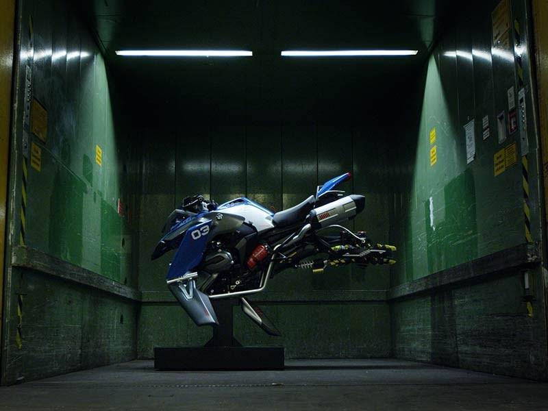 BMW Motorrad en LEGO® Technic presenteren de 'Hover Ride Design Concept'.