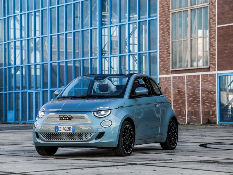 Fiat 500e : Een en al aaibaarheid