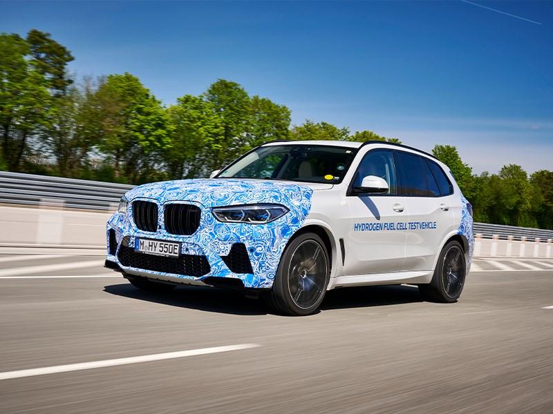BMW start tests met X5 op waterstof