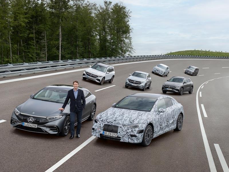 Mercedes-Benz zet koers naar volledig elektrisch tijdperk
