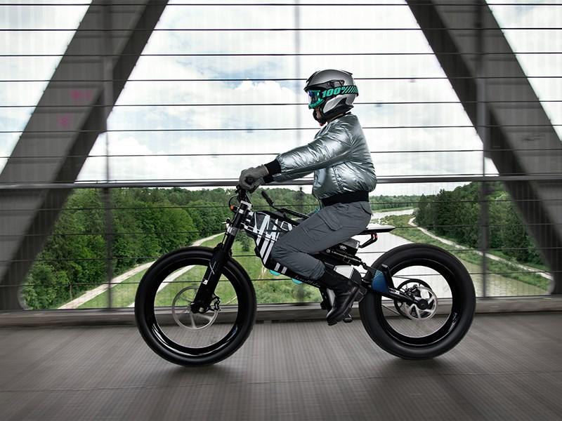 BMW Motorrad Vision AMBY.