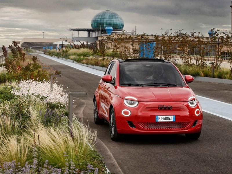Familie (500)RED – (RED)EFINE UW TOEKOMST EN RED LEVENS - Gent Motors