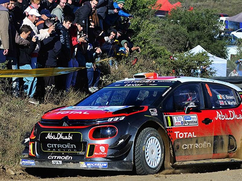 Vier CITROËN C3 WRC auto's aan de start bij de rally van Portugal